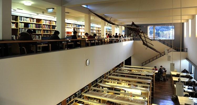 Jantar literário na Biblioteca Municipal de Sintra - Sintra Notícias