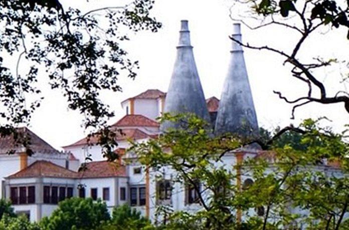 Palácio Nacional de Sintra, um dos monumentos mais visitados no país